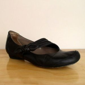 Everybody by B.Z. Moda Black Leather Mary Janes